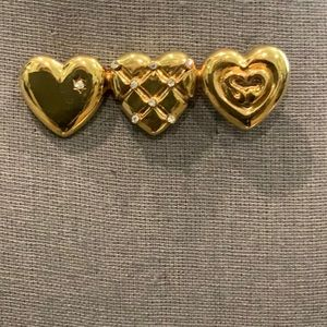 BEAUTIFUL ST. JOHN BROOCH STUNNING